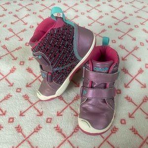 Kids Plae Sneakers